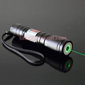 lampe de poche laser vert 100mw puissante cadeau laser chez. Black Bedroom Furniture Sets. Home Design Ideas