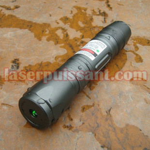 pointeur laser  200mw impermeable